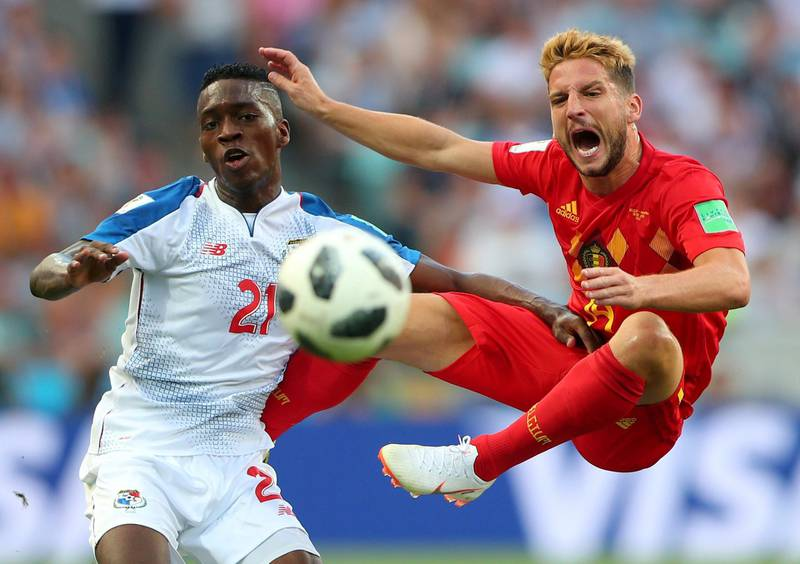 Soccer Football - World Cup - Group G - Belgium vs Panama - Fisht Stadium, Sochi, Russia - June 18, 2018   Belgium's Dries Mertens in action with Panama's Jose Luis Rodriguez      REUTERS/Hannah McKay     TPX IMAGES OF THE DAY