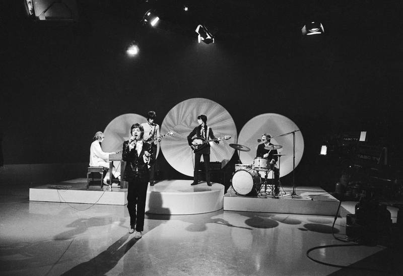 The Rolling Stones performing 'She Smiled Sweetly' on the Eamonn Andrews show, 5th February 1967. From left to right Brian Jones, Mick Jagger, Keith Richards, Bill Wyman and Charlie Watts. (Photo by Larry Ellis/Express/Getty Images)