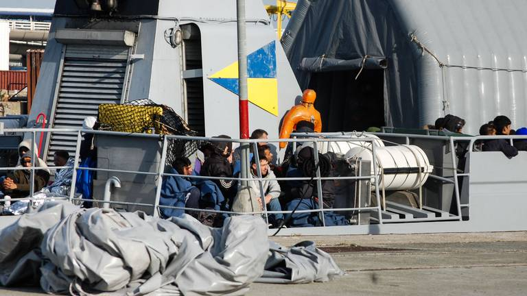 An image that illustrates this article France rescues 213 migrants from Channel