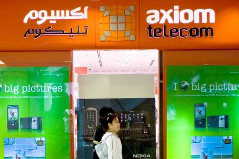 Abu Dhabi - December 9, 2008: The exterior of an Axiom Telecom store at Abu Dhabi Mall. ( Philip Cheung / The National ) *** Local Caption *** PC0006-AxiomStock.JPG