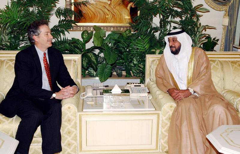 """Picture released by the official WAM news agency shows William Burns (L), Assistant US Secretary of State for Near East Affairs, meeting with the Crown Prince of Abu Dhabi Sheikh Khalifa bin Zayed al-Nahyan in Abu Dhabi 21 March 2004. The two men discussed """"the latest regional and international developments"""" and """"exchanged views on current events in the Middle East,"""" notably in Iraq, WAM said. (Photo by WAM / AFP)"""