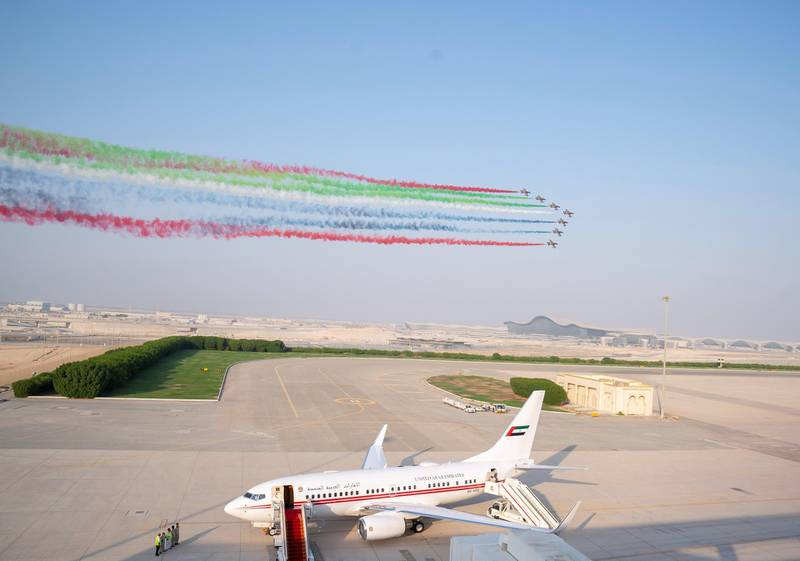 ABU DHABI, UNITED ARAB EMIRATES - October 12, 2019: The Al Forsan aerobatic team perform a fly-by during a homecoming reception for UAE Astronauts Hazza Ali Al Mansoori and Sultan Saif Al Neyadi, at the Presidential Airport.  ( Hamad Al Kaabi / Ministry of Presidential Affairs ) ---