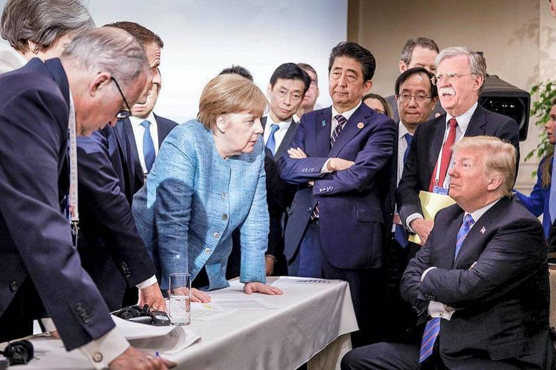 World leaders with Trump.