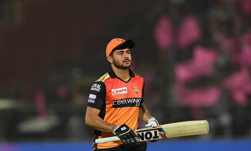 Sunrisers Hyderabad batsman Manish Pandey walks back to the pavillion after being dismissd by Rajasthan Royals bowler Shreyas Gopal during the 2019 Indian Premier League (IPL) Twenty20 cricket match between Rajasthan Royals and Sunrisers Hyderabad at the Sawai Mansingh Stadium in Jaipur on April 27, 2019. (Photo by Money SHARMA / AFP) / ----IMAGE RESTRICTED TO EDITORIAL USE - STRICTLY NO COMMERCIAL USE-----