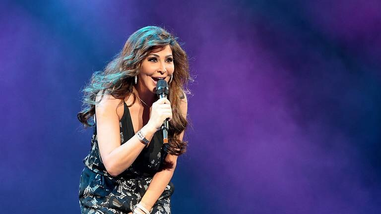 An image that illustrates this article Lebanese pop star Elissa brings hope to Baghdad with stunning concert