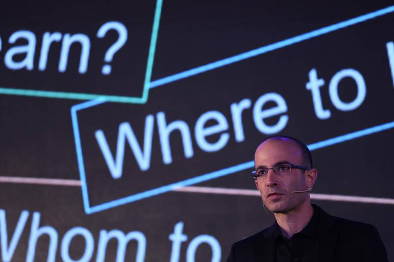 BEIJING, CHINA - JULY 06:  Israeli historian and writer Yuval Noah Harari makes a lecture of artificial intelligence during the X World Future Evolution on July 6, 2017 in Beijing, China.  (Photo by VCG/VCG via Getty Images)