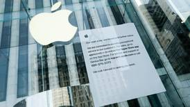 Apple to extend store closures outside China