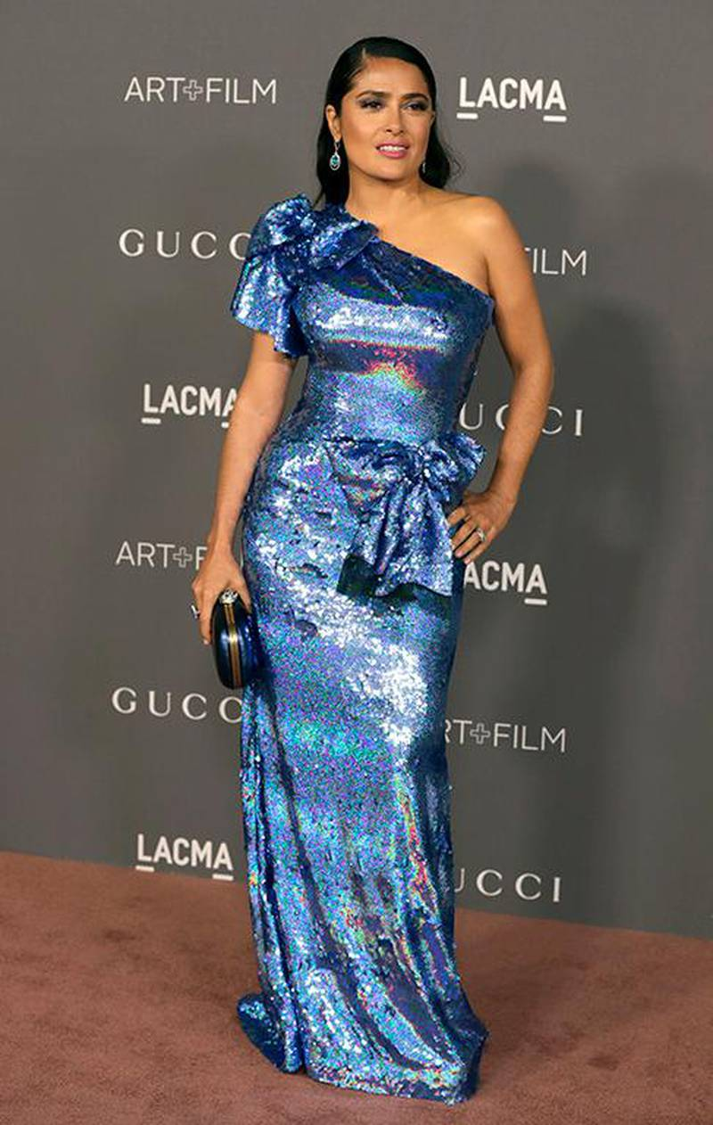 epa06309257 US-Mexican actress Selma Hayek arrives for the LACMA Art + Film Gala at the Los Angeles County Museum of Art in Los Angeles, California, USA, 04 November 2017.  EPA-EFE/MIKE NELSON