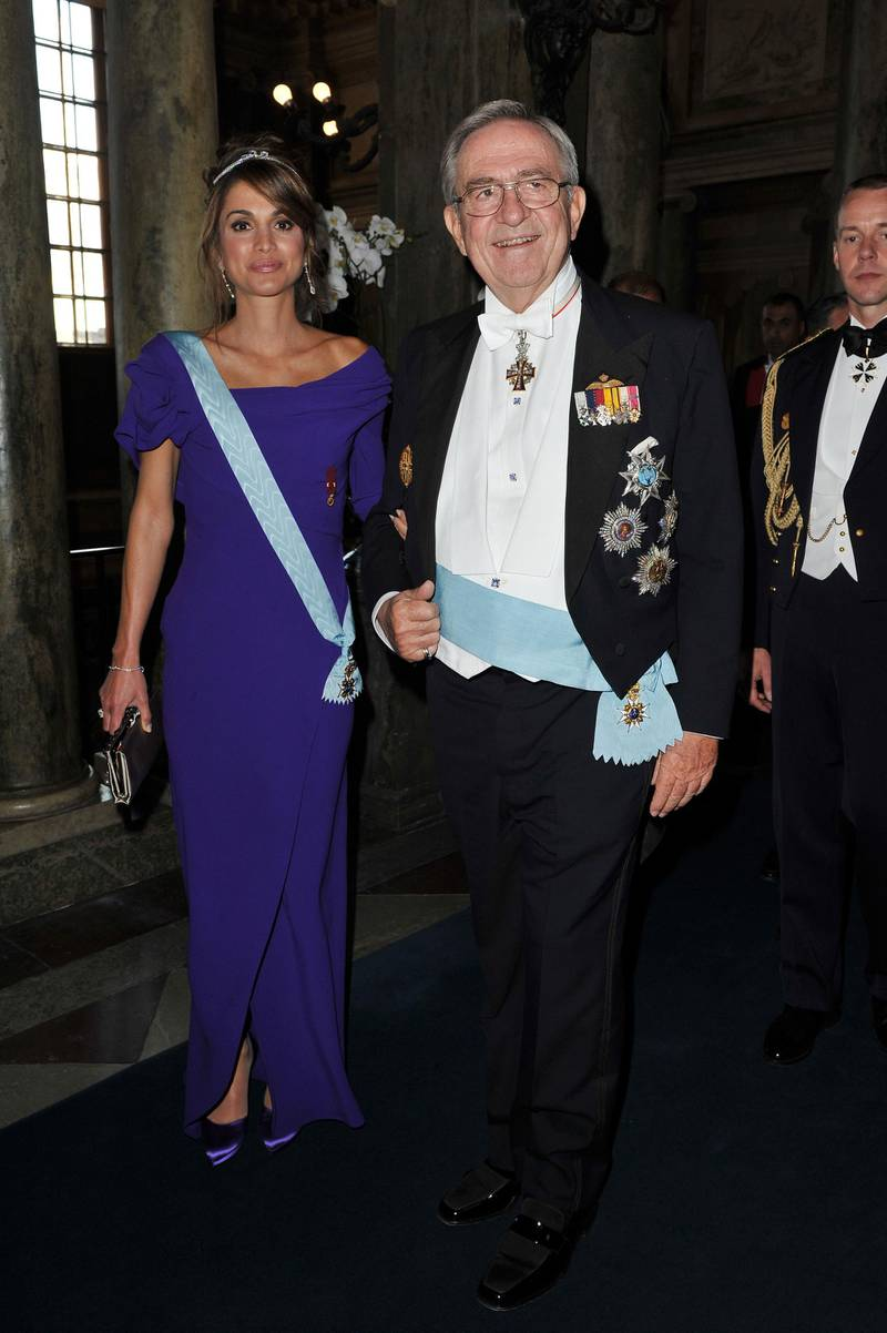 STOCKHOLM, SWEDEN - JUNE 19: Queen Rania of Jordan and King Constantin of Greece attend the Wedding Banquet for Crown Princess Victoria of Sweden and her husband prince Daniel at the Royal Palace on June 19, 2010 in Stockholm, Sweden.  (Photo by Pascal Le Segretain/Getty Images)