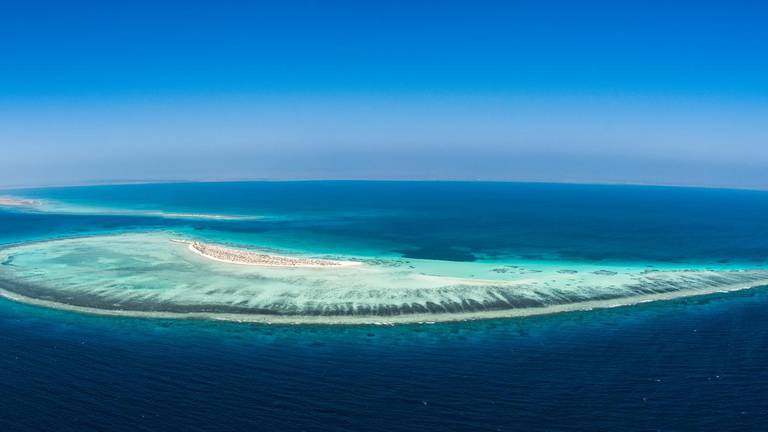 An image that illustrates this article Saudi Arabia to merge Red Sea project developers to cut costs