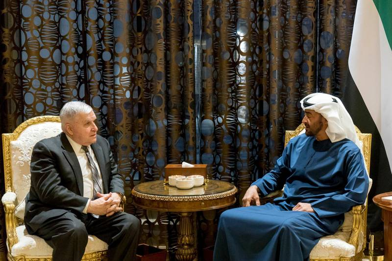 ABU DHABI, UNITED ARAB EMIRATES - March 07, 2018: HH Sheikh Mohamed bin Zayed Al Nahyan, Crown Prince of Abu Dhabi and Deputy Supreme Commander of the UAE Armed Forces (R), meets with Retired General Anthony Zinni, former Commander in Chief of the United States Central Command (L), at Al Shati Palace.  ( Rashed Al Mansoori / Crown Prince Court - Abu Dhabi ) ---