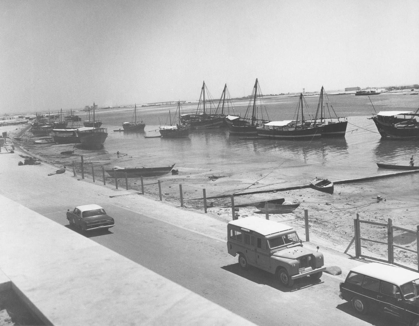 Low tide on the Creek in Dubai, 1967. (Photo by Chris Ware/Keystone Features/Hulton Archive/Getty Images)
