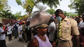 Aid trickles in as Haiti struggles to count those killed in quake