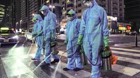 UAE clarifies regulations on medical masks use during coronavirus pandemic