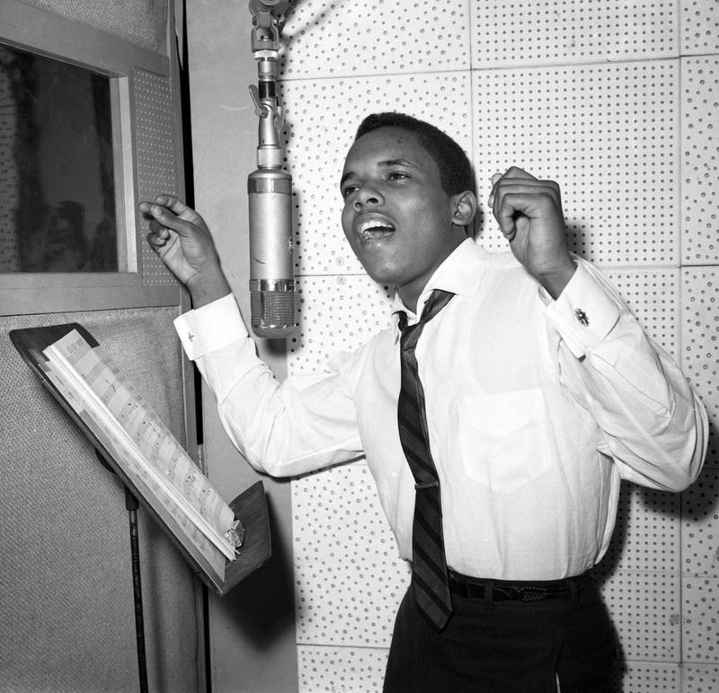Singer Johnny Nash records in the studio in circa 1958  in New York. (Photo by PoPsie Randolph/Michael Ochs Archives/Getty Images)