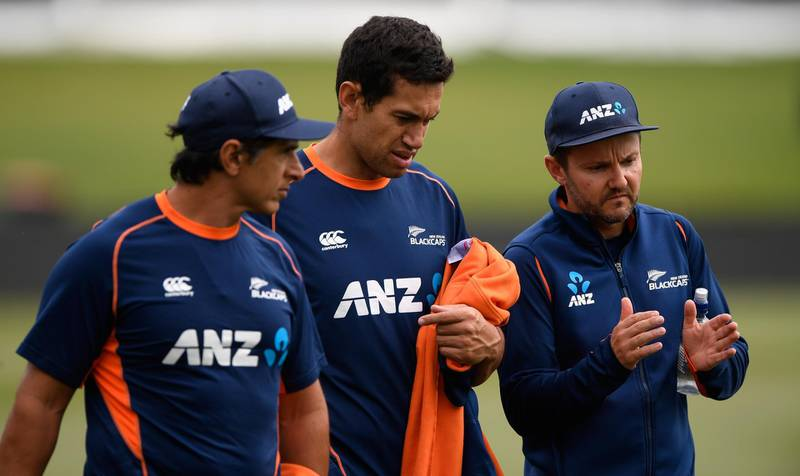 CHRISTCHURCH, NEW ZEALAND - MARCH 09:  New Zzealand batsman Ross Taylor (c) chats with coach Mike Hesson (r) and physio Tommy Simsek after a fitness test ahead of the 5th and final ODI against the New Zealand Black Caps at Hagley Oval on March 9, 2018 in Christchurch, New Zealand.  (Photo by Stu Forster/Getty Images)