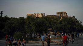 Coronavirus: Greece reopens Acropolis as lockdown eases