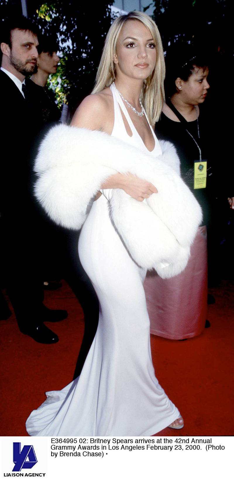 E364995 02: Britney Spears arrives at the 42nd Annual Grammy Awards in Los Angeles February 23, 2000. (Photo by Brenda Chase)