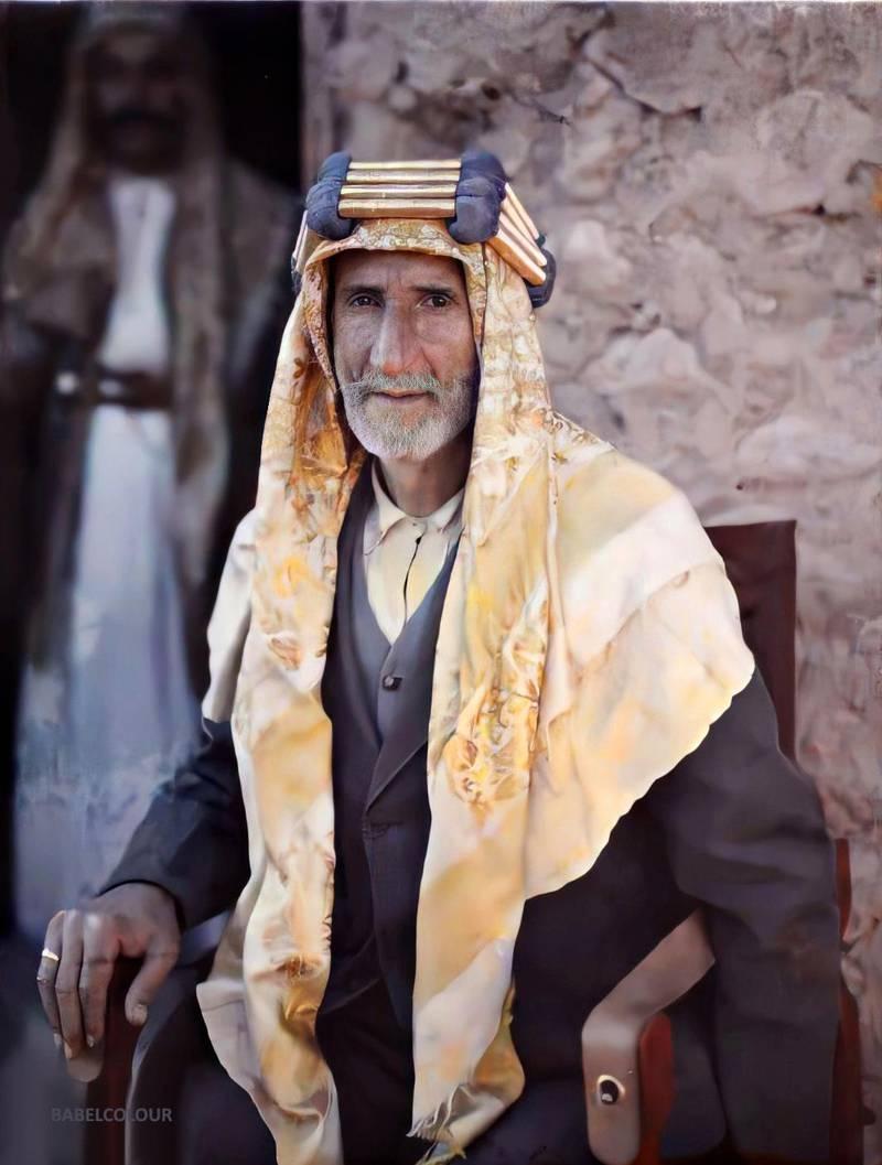 Le kaïmakam, gouverneur d'Aqaba, Aqaba, Arabie (actuelle Jordanie), 4 avril 1918, (Autochrome, 12 x 9 cm),  Paul Castelnau, Département des Hauts-de-Seine, musée Albert-Kahn, Archives de la Planète, A 15 570