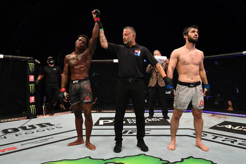 ABU DHABI, UNITED ARAB EMIRATES - SEPTEMBER 27:  (L-R) Hakeem Dawodu of Canada reacts after defeating Zubaira Tukhugov of Russia in their featherweight bout during UFC 253 inside Flash Forum on UFC Fight Island on September 27, 2020 in Abu Dhabi, United Arab Emirates. (Photo by Josh Hedges/Zuffa LLC)