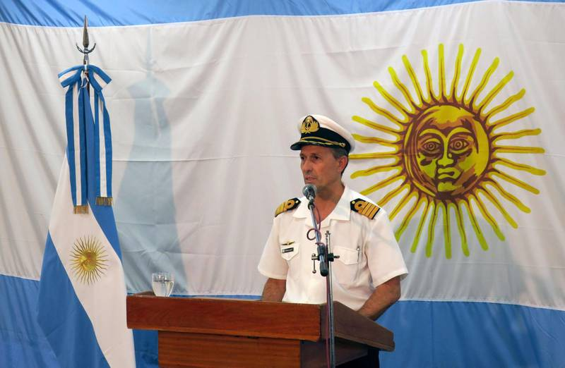 epa06352898 Argentinian Army's spokesperson Enrique Balbi delivers a press conference in Buenos Aires, Argentina, 26 November 2017. A ship with a US mini-submarine on board joined the search of the ARA San Juan, which was last heard from on 15 November 2017.  EPA/Javier Caamano