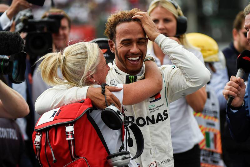 Mercedes' British driver Lewis Hamilton celebrates after winning his fifth drivers' title during the F1 Mexico Grand Prix at the Hermanos Rodriguez circuit in Mexico City on October 28, 2018.   Alfredo Estrella/Pool via REUTERS      TPX IMAGES OF THE DAY