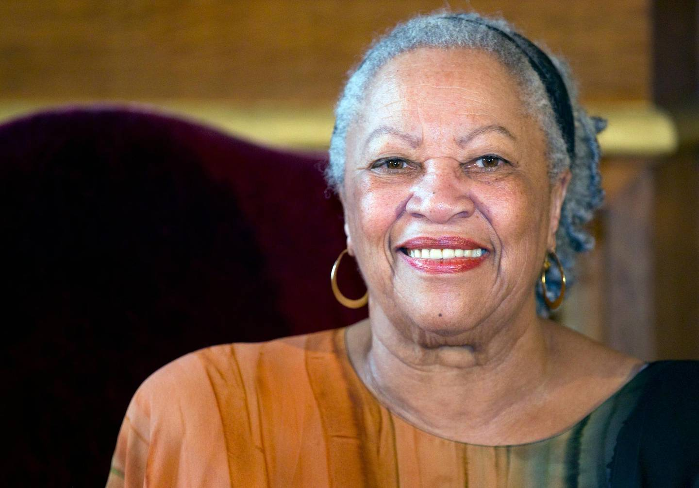epa07759057 (FILE) - Literary Nobel prize winning US author Toni Morrison attends an award ceremony to receive the Grand Vermeil medal for her contribution to culture, at the City Hall of Paris, France, 04 November 2010 (reissued 06 August 2019). Reports on 06 August 2019 state Toni Morrison has died, aged 88. Morrison, winner of the Nobel Prize for Literature, was the first African American woman to win the prize.  EPA/IAN LANGSDON *** Local Caption *** 02429734
