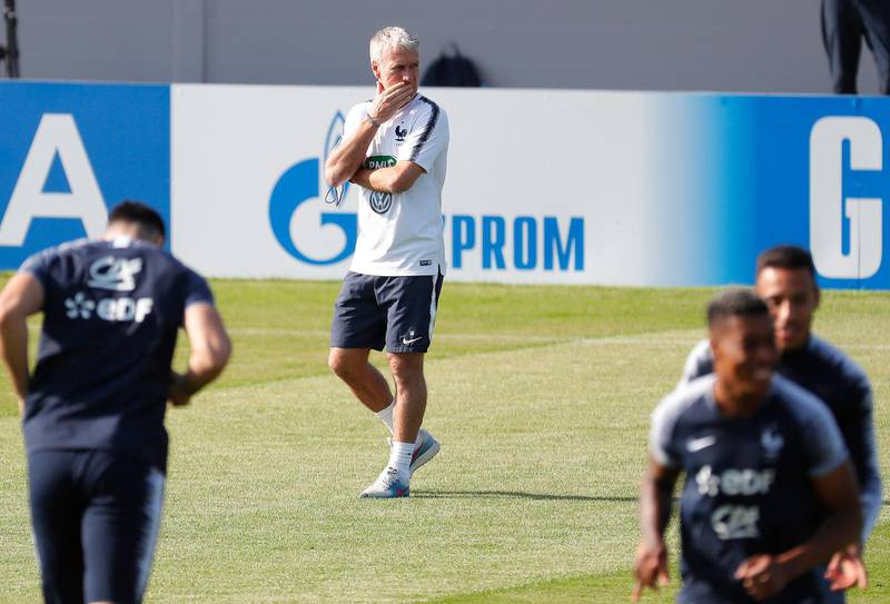 epa06884116 France's head coach Didier Deschamps (C) leads his team's training session in Istra, outside Moscow, Russia, 12 July 2018. France will face Croatia in their FIFA World Cup 2018 final in Moscow on 15 July 2018.  EPA/SERGEI ILNITSKY
