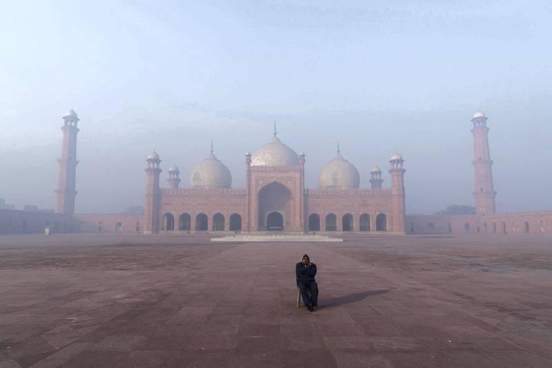 Badshahi Mosque. Photo: Christopher Wilton-Steer and The Aga Khan Development Network