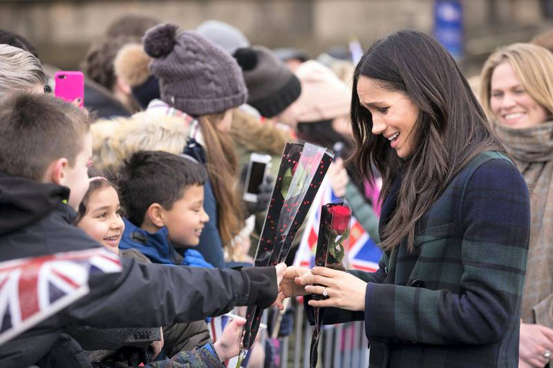 EDINBURGH, SCOTLAND - FEBRUARY 13:  Meghan Markle meets well wishers during a walkabout on the esplanade at Edinburgh Castle on February 13, 2018 in Edinburgh, Scotland.  (Photo by James Glossop - WPA Pool/Getty Images)