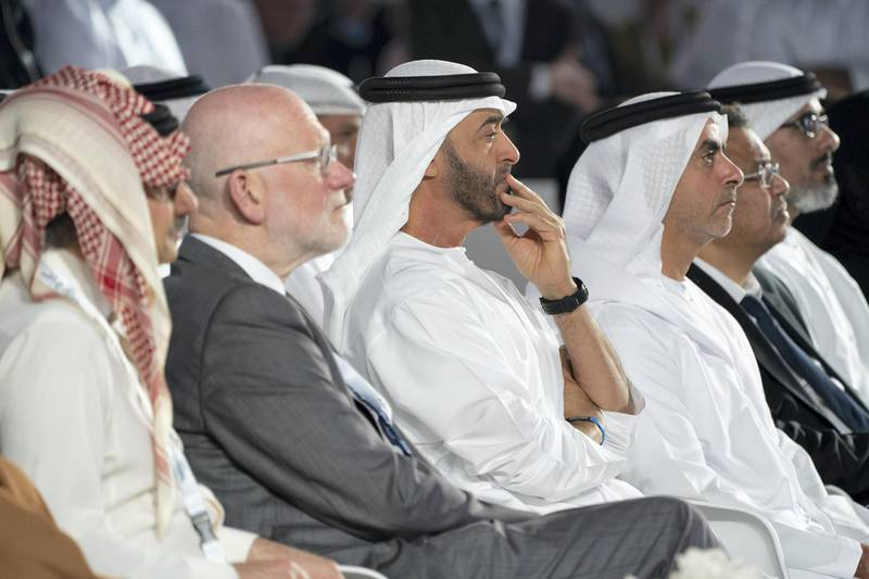 SAADIYAT ISLAND, ABU DHABI, UNITED ARAB EMIRATES - November 19, 2019: HH Sheikh Mohamed bin Zayed Al Nahyan, Crown Prince of Abu Dhabi and Deputy Supreme Commander of the UAE Armed Forces (3rd L) and HH Lt General Sheikh Saif bin Zayed Al Nahyan, UAE Deputy Prime Minister and Minister of Interior (4th L), attend the Reaching the Last Mile Forum, at the Louvre Abu Dhabi.  ( Rashed Al Mansoori / Ministry of Presidential Affairs ) ---