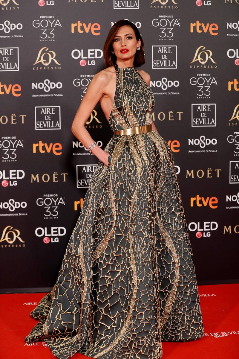 epa07339467 Spanish model Nieves Alvarez poses at the red carpet of the 33rd Goya Awards, celebrated at the Conference Centre, in Seville, southern Spain, 02 February 2019. The awards are presented by the Spanish Film Academy.  EPA-EFE/JOSE MANUEL VIDAL