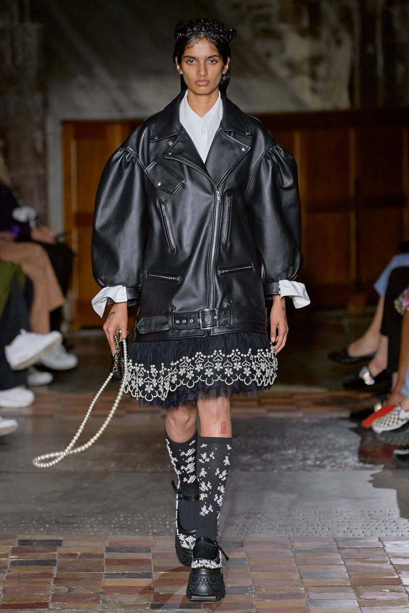Pearls, leather and lace trim were all present in the Simone Rocha spring summer 2022 show