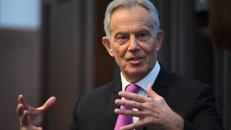 An image that illustrates this article Tony Blair calls for 500,000 Covid booster shots a day in UK