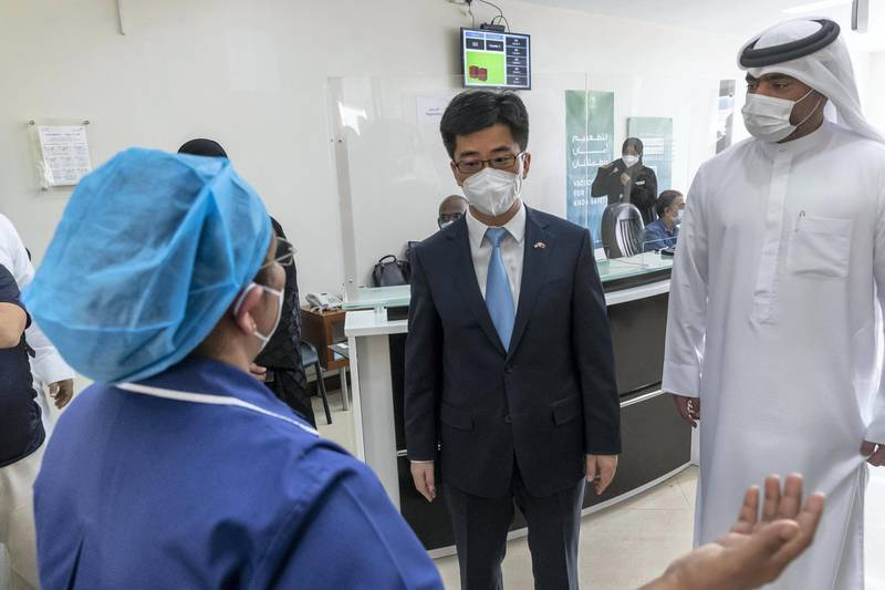 Covid-19 inoculations start in Dubai for Chinese nationals on visit visas to the UAE at the Al Safa Health Centre in Dubai on May 27th, 2021. Consul General Li Xuhang visits the Chinese Nationals as they get their vaccination shots.Antonie Robertson / The National.Reporter: Ramola Talwar for National.