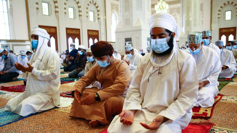An image that illustrates this article Oman reopens mosques - in pictures