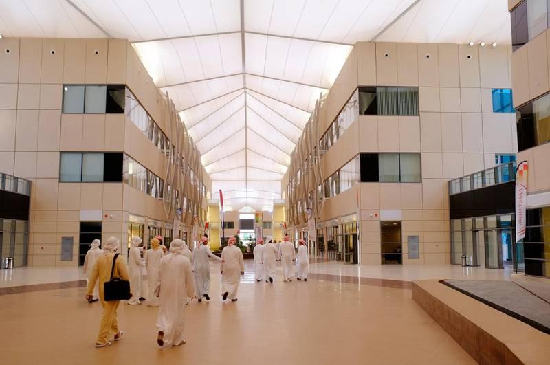 September 11. Students at the newly opened Zayed University Campus. September 11, Abu Dhabi. United Arab Emirates (Photo: Antonie Robertson/The National)