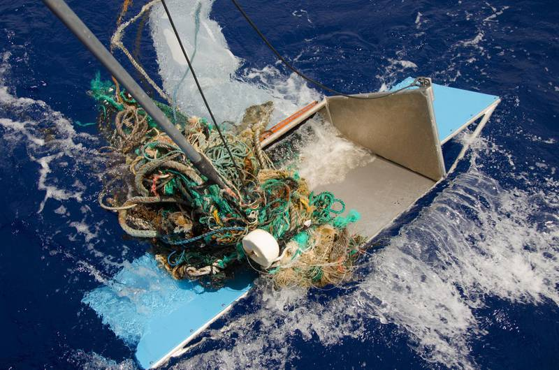 epa06622511 An undated handout photo made available by The Ocean Cleanup on 23 March 2018 shows abandoned nets, ropes and other plastic garbage being pulled out of the ocean at the Great Pacific Garbage Patch (GPGP), located between halfway between Hawaii and California, USA. According to research by a team of scientists with The Ocean Cleanup Foundation, the Great Pacific Garbage Patch in the Pacific Ocean is now estimated to contain around 1.8 trillion pieces of plastic weighing 80,000 tons, sixteen times more than previously estimated.  EPA/THE OCEAN CLEANUP HANDOUT  HANDOUT EDITORIAL USE ONLY/NO SALES