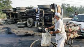 New Delhi will pay 'Good Samaritans' who take road accident victims to hospital