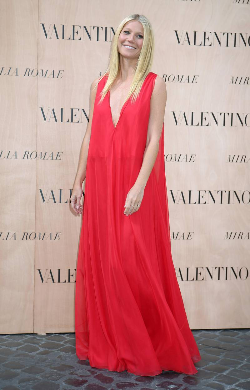 ROME, ITALY - JULY 09:  Gwyneth Paltrow attends the Valentinos 'Mirabilia Romae' haute couture collection fall/winter 2015 2016 at Piazza Mignanelli on July 9, 2015 in Rome, Italy.  (Photo by Elisabetta Villa/Getty Images)