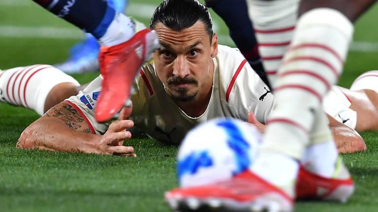 An image that illustrates this article Ibrahimovic scores at both ends as AC Milan beat nine-man Bologna