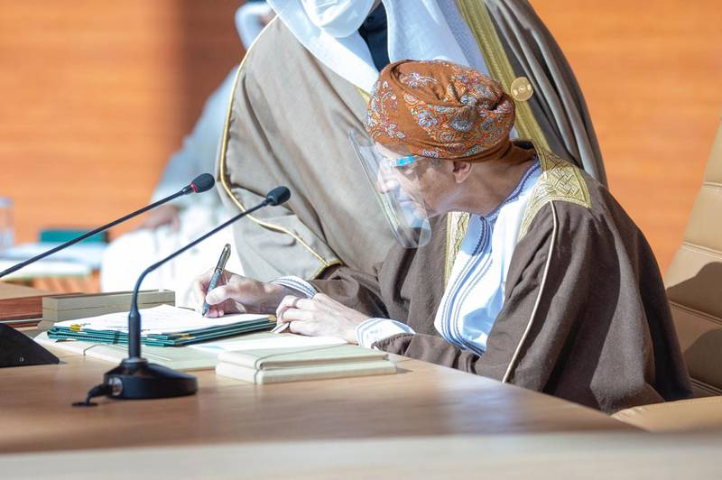 Oman Deputy Prime Minister Fahad bin Mahmoud  signing the Al Ula statement during this summit. Courtesy Ministry of Foreign Affairs - Saudi Arabia