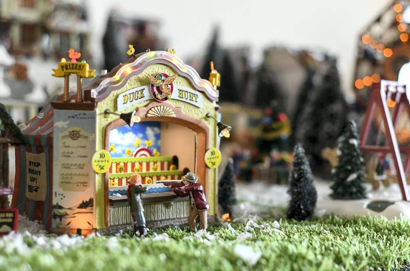 Abu Dhabi, United Arab Emirates - Intricate pieces and detailing for Christmas miniatures and figurines. Khushnum Bhandari for The National