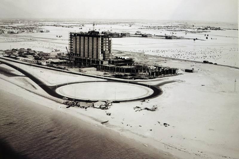 ABU DHABI, UNITED ARAB EMIRATES - - -  April 24, 2013 ---  Abu Dhabi archival photos from British Embassy. The Hilton Hotel under construction and the surrounding area, 1971.  ( DELORES JOHNSON / The National ) *** Local Caption ***  DJ-2404-ADArchivalPics-022.jpg