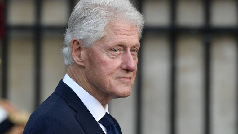 An image that illustrates this article Former US president Bill Clinton condition is improving, but will remain in hospital