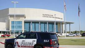 At least four injured in Texas school shooting