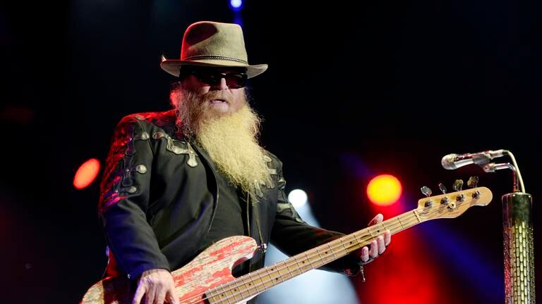 An image that illustrates this article ZZ Top bassist Dusty Hill dies, aged 72