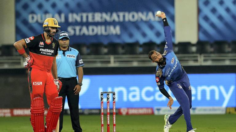 An image that illustrates this article Fans set to be allowed back for IPL matches in UAE
