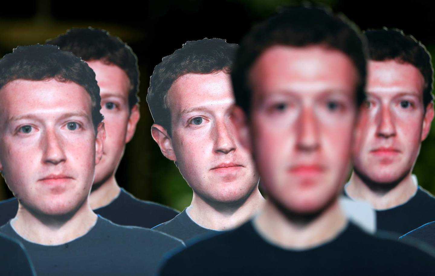 Cardboard cutouts depicting Facebook CEO Mark Zuckerberg are pictured during a demonstration ahead of a meeting between Zuckerberg and leaders of the European Parliament in Brussels, Belgium May 22, 2018. REUTERS/Francois Lenoir     TPX IMAGES OF THE DAY