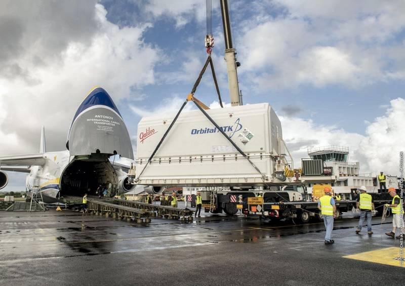 Yahsat announces launch date of Al Yah 3 after satellite arrives in Kourou. ESA-CNES-ARIANESPACE/Optique Vidéo du CSG/Yahsat